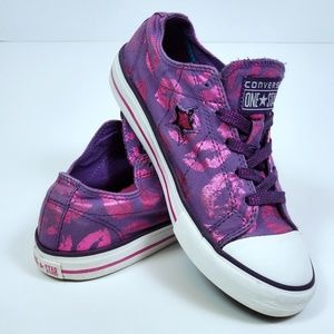 Girl's Converse One Star Junior US Size 4 Shoes